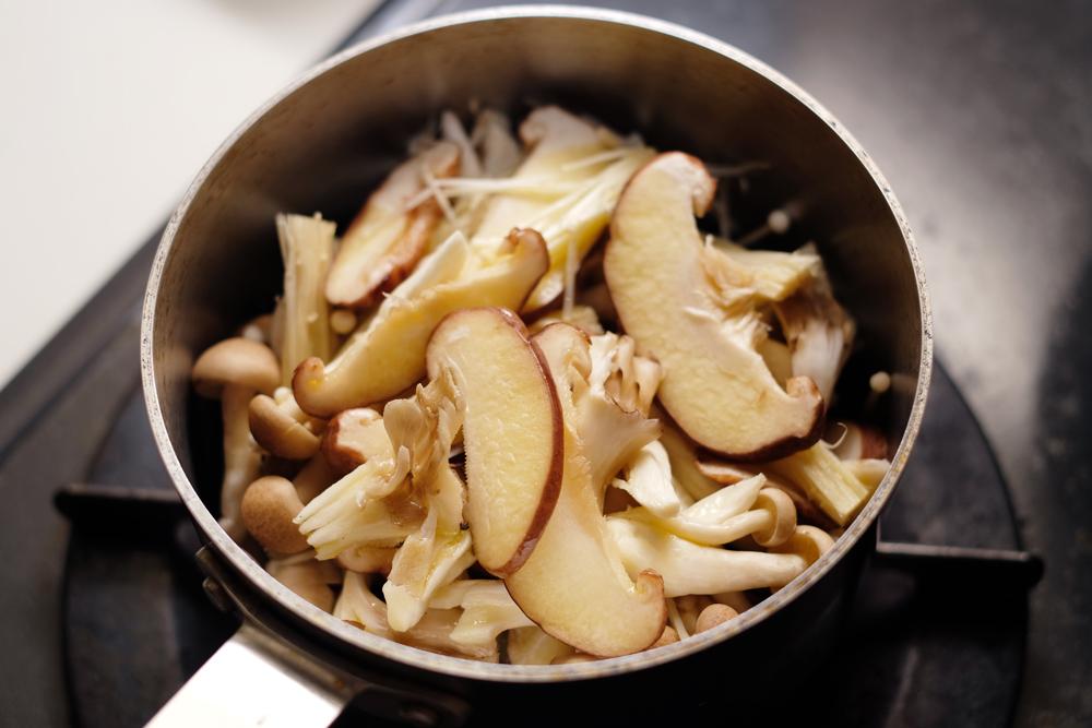 常備菜|きのこを使った常備菜 オイル漬けなどアレンジ自在レシピ4選